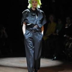 Foto 4 de 14 de la galería comme-des-garcons-primavera-verano-2010-en-la-semana-de-la-moda-de-paris en Trendencias