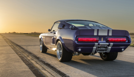 Classic Recreations Shelby GT500CR
