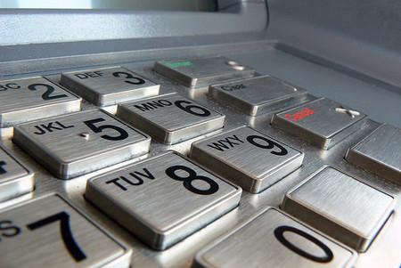 Almunia dice que los bancos tienen que ser más transparentes