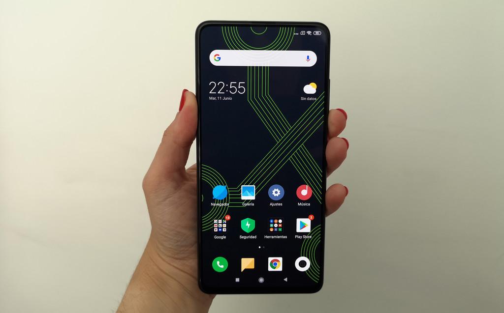Xiaomi Mi 9T, primeras impresiones: Xiaomi apuesta por una cámara pop-up para un modelo que apunta muy alto