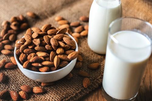 Los lácteos no son la única fuente de calcio: nueve alimentos donde puedes encontrar este mineral