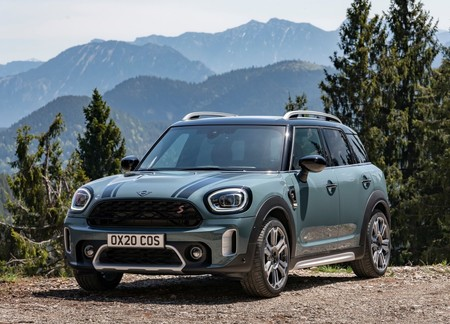 Mini Countryman 2021 1600 05