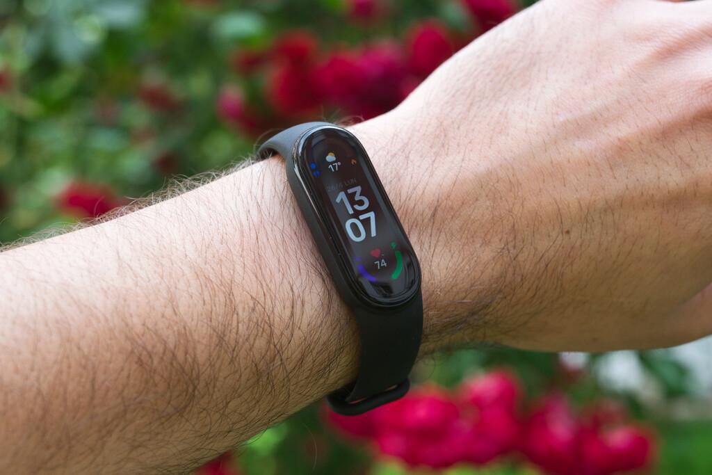 Xiaomi Mi Smart Band 6, análisis: tan recomendable e imperfecta como siempre