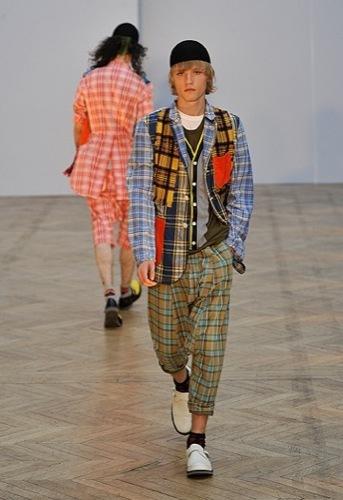 Comme des Garçons, Primavera-Verano 2010 en la Semana de la Moda de París IV
