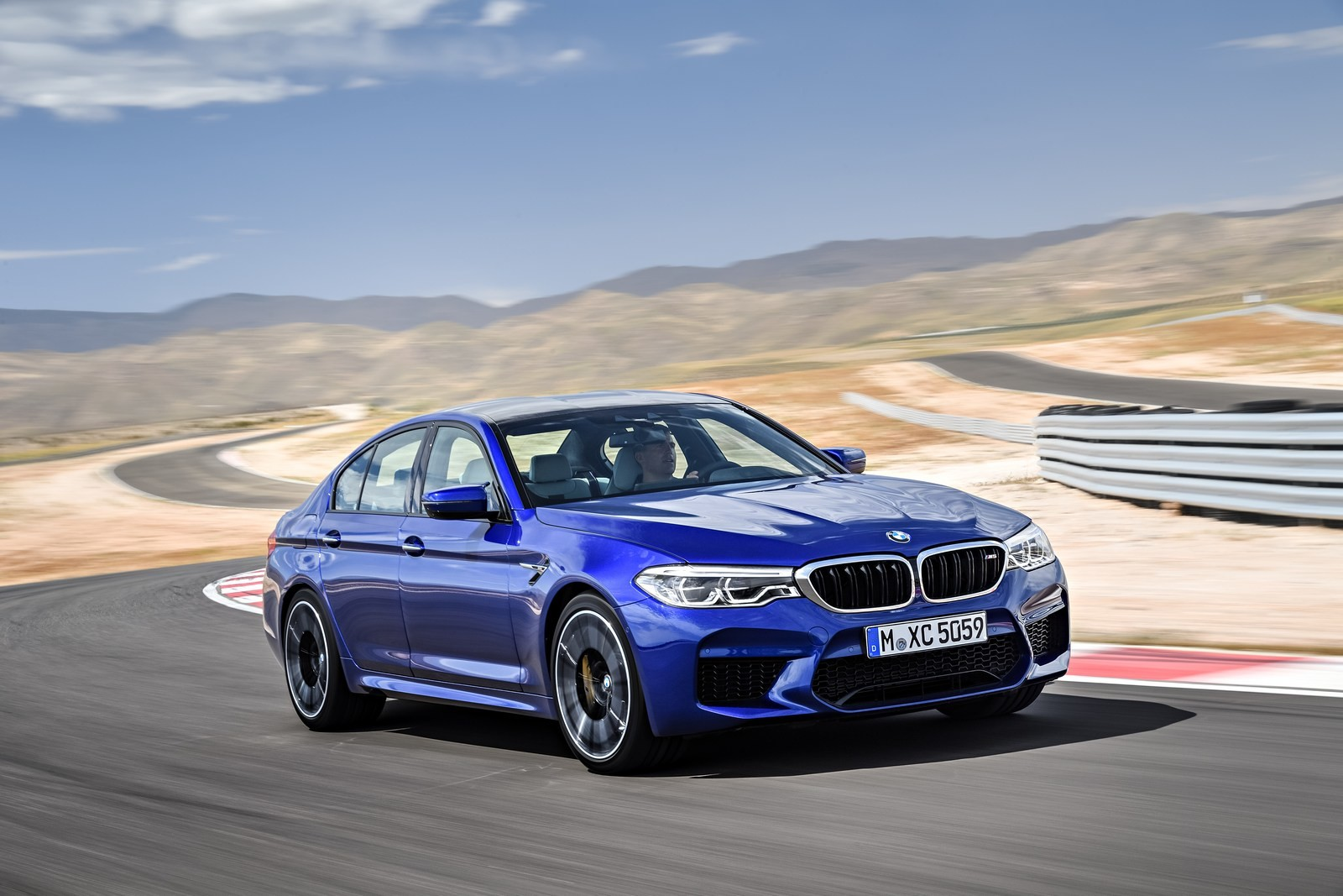 Foto de BMW M5 2018 (5/57)