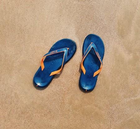 Chollos en tallas sueltas de  zuecos Crocs o chanclas Tommy Hilfiger, Roxy  o Havaianas en Amazon por menos de 30 euros
