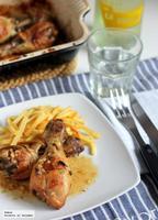 Muslos de pollo asados en salsa de limón y vino. Receta