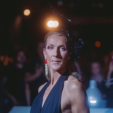 Celine Dion abandera los lookazos de las invitadas famosas al desfile de Alta Costura de Schiaparelli