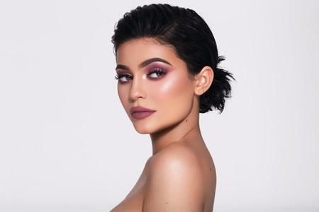 Kylie Jenner nos habla de su colaboración con Topshop y de la inspiración detrás de sus productos