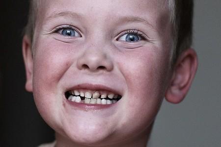 Los padres tenemos que inculcar hábitos de higiene bucal a nuestros hijos