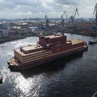 Rusia ya tiene su primera e inquietante central nuclear flotante. Y piensa construir aún más