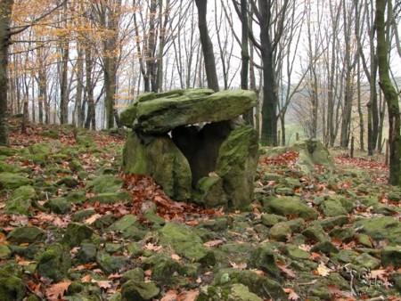 Monumentos megalíticos en Euskadi