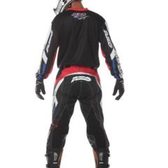 Foto 10 de 15 de la galería axo-trans-am-estilo-retro-para-la-equipacion-de-motocross en Motorpasion Moto