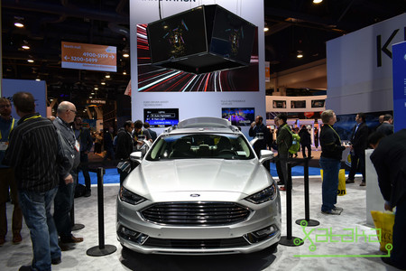 Ford Ces 2017 03