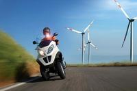 ¿Por qué no hay más motos híbridas en el mercado?