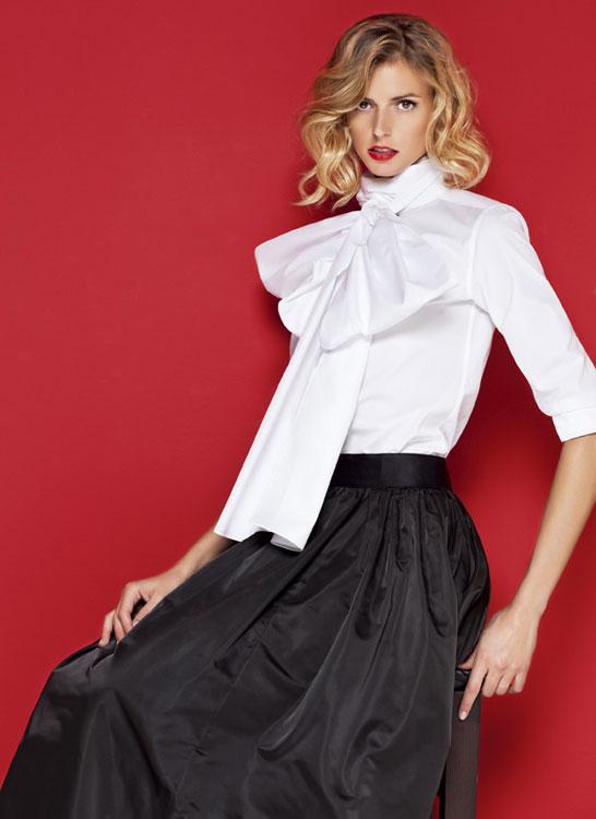 Bajo falda negra en tienda de ropa parte 2 - 3 part 5