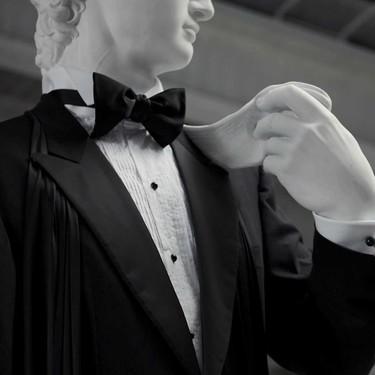 Brioni ha logrado lo imposible: vestir al David de Miguel Ángel de etiqueta