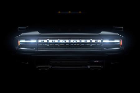 Hummer EV ya es oficial: su coche 100% eléctrico es una bestia de 1.000 caballos que llegará en 2021