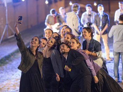 Grupografía: Cómo hacer las mejores fotos en grupo y cómo compartirlas