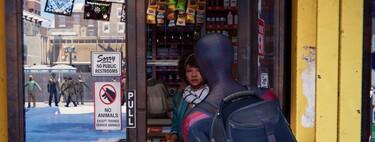 Esta imagen de Spider-Man Miles Morales tiene todo lo bueno y lo malo del ray tracing en el mismo reflejo
