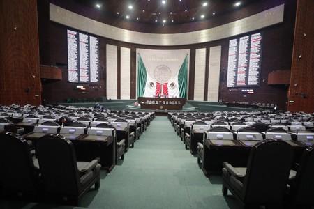 Diputados siguen a Senado: contenido en Internet debe ser eliminado de inmediato si se reporta por violar derechos de autor