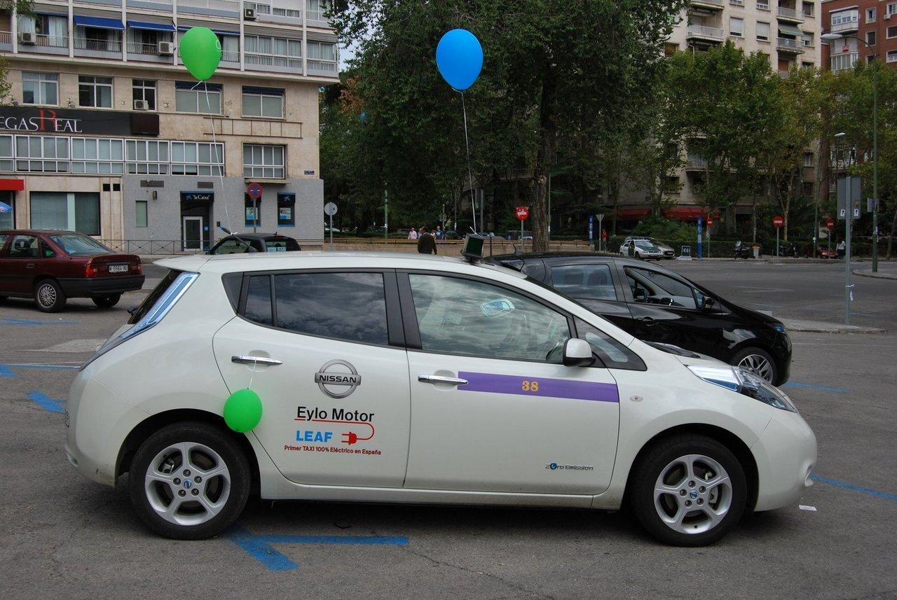 Foto de II Marcha vehículo eléctrico en Madrid (2/9)