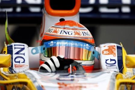 El futuro de Nelsinho Piquet está en el aire