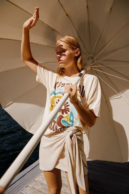 En Pull & Bear saben que la minifalda es el mejor básico de armario y lo demuestran con estos cinco looks