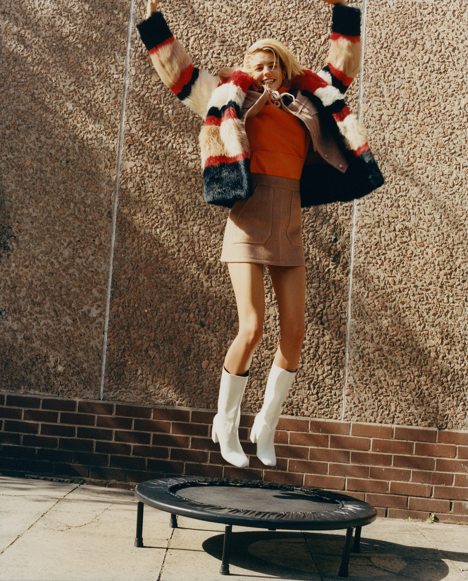 Foto de Bershka 'Jumping into fall' (4/6)