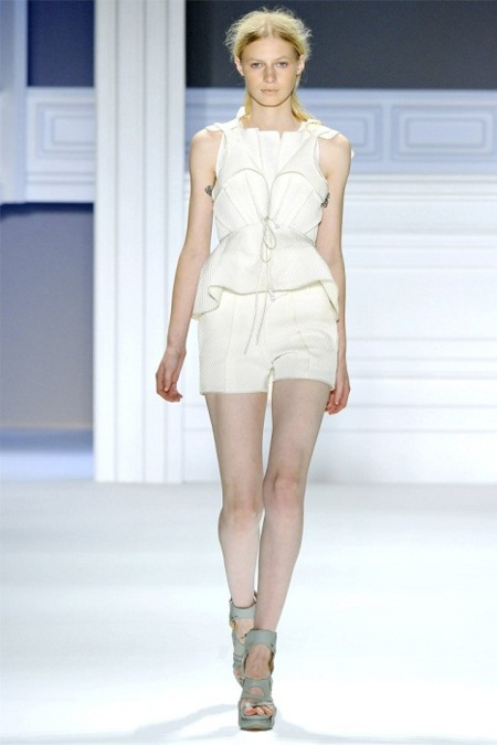 Vestido peplum de Vera Wang