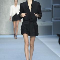 Foto 2 de 15 de la galería karl-lagerfeld-primavera-verano-2010-en-la-semana-de-la-moda-de-paris en Trendencias