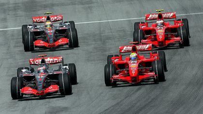 McLaren-Ferrari, guerra de motores