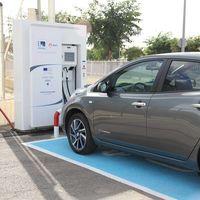 El Gobierno allana el camino para que se multipliquen los puntos de carga para coches eléctricos