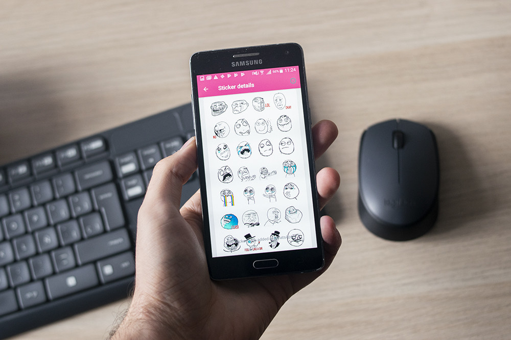 Descarga stickers gratis(free) para <stro />WhatsApp℗</strong> en Android: 25 packs nuevos &#8220;>     </p> <div class=