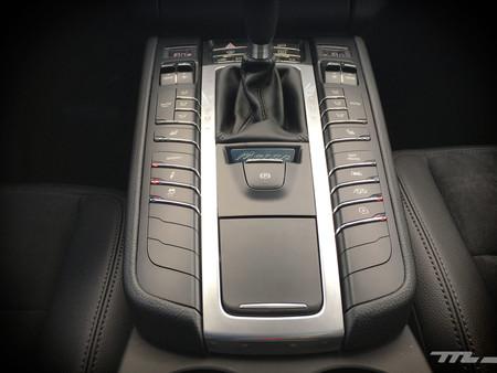 Porsche Macan botonera interior