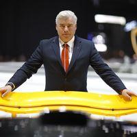 Frank Stephenson: de diseñar el MINI, el Ferrari F430 o el McLaren P1... a dibujar aeronaves