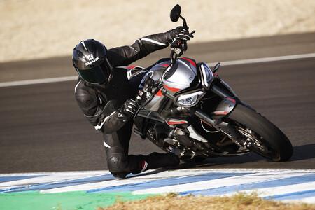 Triumph Vuelve Supersport Campeonato Britanico Superbikes 2021