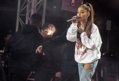 Ariana Grande recauda 2 millones de libras en el concierto de Manchester: estos momentos nos han emocionado hasta la lágrima