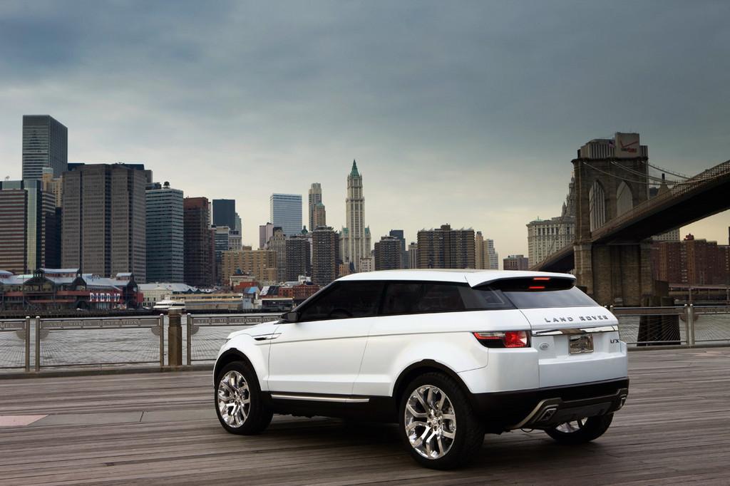 Foto de Land Rover LRX Concept (36/49)