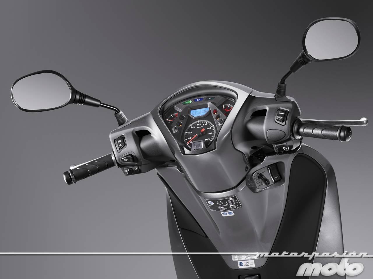 Foto de Honda Scoopy SH125i 2013, prueba (valoración, galería y ficha técnica)  - Fotos Detalles (67/81)