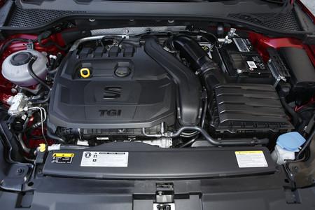 SEAT León TGI motor