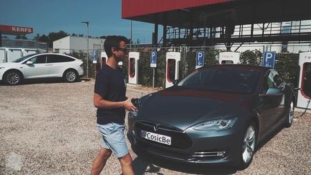 Hackear y robar un Tesla Model S con sólo clonar su llave inalámbrica es posible, según un grupo de investigadores