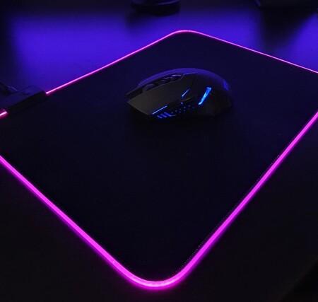 Mousepad con luz RGB de oferta en Amazon México
