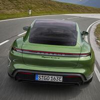 Porsche Taycan, Skoda Enyaq iV y Jaguar I-Pace, los coches eléctricos más deseados en España