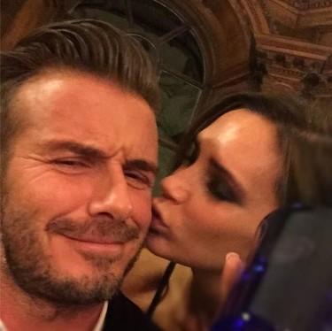 Los Beckham le dan al whisky con amor