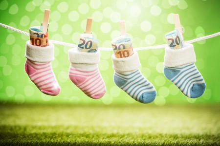 ¿Vas a tener un hijo en 2020? Estas son las ayudas estatales por hijo que ofrece el Gobierno