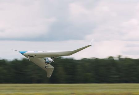El prototipo del llamativo avión Flying-V de KLM realiza su primer vuelo con éxito