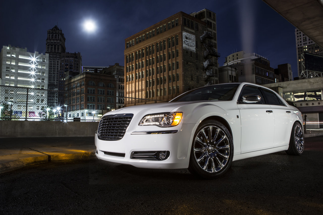 Foto de Chrysler 300C Motown Edition (11/21)