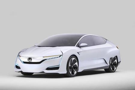 El Honda FCV Concept hace su debut como el híbrido más potente de su clase