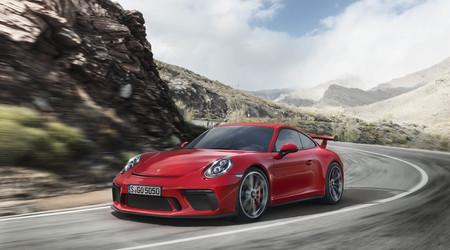 El Porsche 911 GT3 es el triunfo de lo analógico: 500 CV, corta a 9.000 rpm, sin turbos y con cambio manual